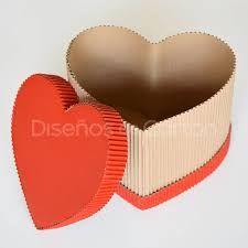 Resultado de imagen para cajas de regalo en forma de corazon