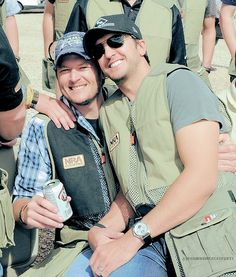 possibly the cutest bromance picture I've ever seen.