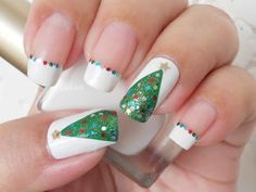 This Christmas do not forget your nails...En estas navidades no se olvide de sus uñas.