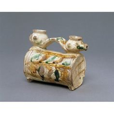 Cruet Place of origin: Padua (possibly, made) Treviso, Italy (possibly, made) Date: about 1500 to 1530 (made) Artist/Maker: Unknown (production) Materials and Techniques: Incised slipware Medieval Life, National Art, The V&a, White Slip, Italian Renaissance, Animal Heads, Victoria And Albert Museum, Museum Collection, Yellow And Brown