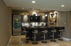 showcase - Eddy Homes basement bar
