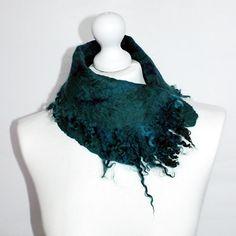 Felted Collar Scarf Felt Collar whit curls Emerald от EsartFelt