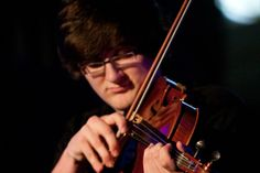 CMUSE Artist of the week: Elliot Corner, Brighton - UK     Elliot Corner is an 18 year old Violist, Pianist and Composer currently studying Viola at the Royal College of Music Junior Department. 'One of his life's ambitions is to one day write in the gaps in the Viola repertoire, and learn to write in all of the old styles':  http://cmuse.org/artist_profiles/42/elliot_corner    http://www.youtube.com/watch?v=MiFWWLMrVYg=youtu.be