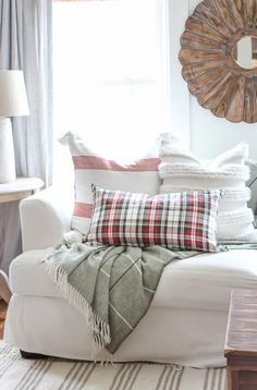 Transitioning Throw Pillows   Christmas Edition - Rooms For Rent blog