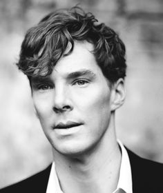 Benedict don't know what it is about this guy but after seeing him in star trek as Kahn and Sherlock.I'd take Sherlock with a haircut.Kahn freaked the mess out of me. Benedict Sherlock, Sherlock Bbc, Jim Moriarty, Sherlock Quotes, Sherlock Anime, Watson Sherlock, Rodrigo Santoro, Johnlock, Martin Freeman