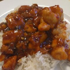 Better than takeout General Tso's Chicken for the perfect easy weeknight dish that's crispy, tender and sweet! It will be on your dinner table in 20 minutes. Chicken Sauce Recipes, Sauce For Chicken, General Taos Chicken, North American Food, Hot Dogs, Tso Chicken, General Tso, Asian Recipes, Cooking