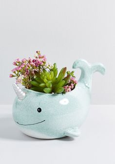 Arctic Helper Narwhal Planter - This narwhal planter is more than happy to host a potted plant, as e. Ceramic Planters, Ceramic Vase, Ceramic Pottery, Planter Pots, Slab Pottery, Pottery Pots, Succulent Planters, Planting Succulents, Flower Pot Design