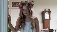 Eliza Scranlen as Amma Crellin in Sharp Objects on HBO. Diy Costumes, Halloween Costumes, Halloween Ideas, Sharp Objects, Gone Girl, Sarah Michelle Gellar, Bridesmaid Dresses, Wedding Dresses, Film Stills
