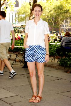 How to wear printed shorts at the end of summer, according to Glamour market editor Becky Malinsky