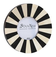 SouvNear Round Photo Frame - Picture Frames with Stand - Antique Look Decorative Picture Frame for Living Room / Wall / Home Decorative Round Picture Frames, Picture Frame Decor, Thing 1, Program Design, Christmas Home, House Warming, 4x4, Christmas Decorations, Black And White