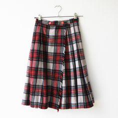 Vintage Plaid Wool Skirt / Scottish Tartan Style / Size XS by rakshniyavintage on Etsy