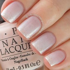 pale pink to subtle glitter gradient : @lifeisbetterpolished
