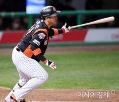 롯데 이대호, SK 문광은 상대 시즌 4호 홈런 2017.04.13