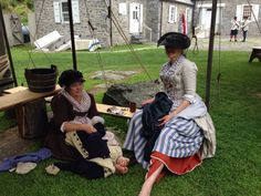 Mending at the Laundress's Stony Point, NY. Learning lots from theses ladies !