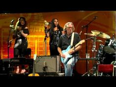 ▶ Eric Clapton - Crossroads Live From Crossroads Guitar Festival 2010 - YouTube