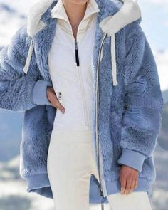 Padded Jacket, Fur Jacket, Winter Jackets Women, Coats For Women, Winter Stil, Fluffy Coat, Plaid Outfits, Winter Tops, Scrappy Quilts