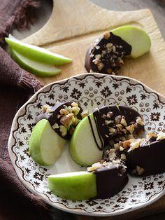 Dark Chocolate Dipped Apple Wedges