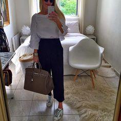 Fan de cette petite combi new coll #zara #zaradaily 😽😽😽passez un excellent samedi les copines ☀️💕❤️💕😘😘😘#instadaily #instamood #instafashion #instagood #ootd #outfitoftheday #outfit #fashion #fashionista #fashiongram #fashiondiaries #fashionblogger #fblogger #me #mylook #mystyle #style #whatiwore #lookoftheday #hermes #hermesbirkin #birkin #goldengoose #hermescdc
