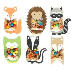 Woodland Animal Treat Holders These treat holders are my favorite part of the entire woodland party collection. The animal body and head are one piece that fold over the treat bag. Fill a clear bag with goodies and adhere inside the flap. Woodland Animals Theme, Woodland Baby, Woodland Creatures, Party Animals, Animal Party, Bridal Party Games, Forest Party, Creation Art, Treat Bags