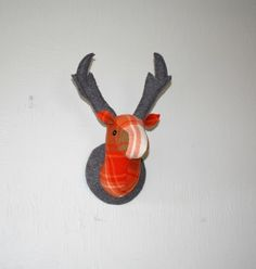 Deer Head Wallhanging, Pumpkin Spice