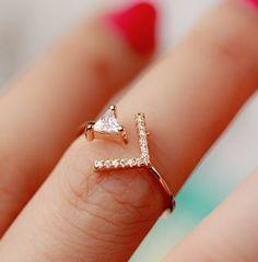 Glittering Arrow Rhinestone Cuff Ring (Gold, Slightly Adjustable) - LilyFair Jewelry