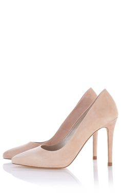 cf93f3eb50d8 I OFFICIALLY love Karen Millen court shoes. These have all the elegance of  LK Bennett