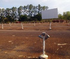 there are now just 357 american drive-in theaters | the awl