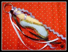 chaveiro sapatilha de balé by Simo www.criandoeinovando.elo7.com.br, via Flickr
