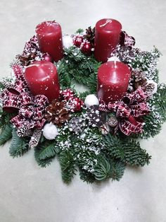 A hétvégi gyertya gyújtáshoz ideje beszerezni az adventi koszorút. http://balkonada.cafeblog.hu/2016/11/24/nagy-adventi-koszoru-mustra/