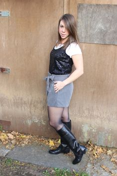 Knee Boots, Leather Skirt, Skirts, Collection, Fashion, Boots, Moda, Leather Skirts, Skirt