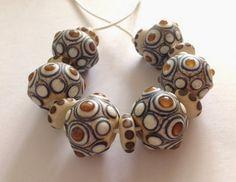 Beusha Joyeria: Organic beads