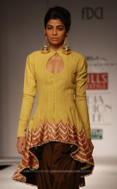 Designer Anand Kabra ,Wills Lifestyle India Fashion Week In New Delhi Pakistan Fashion Week, India Fashion Week, Bmw I8, Indian Attire, Indian Ethnic Wear, Pakistani Outfits, Indian Outfits, Modest Fashion, Fashion Outfits