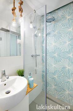 Beach House Bathroom, Family Bathroom, Master Bathroom, Turquoise Bathroom, Shower Time, Modern Interior, Ideal Home, Bathtub, House Design