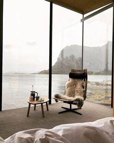 Interior Design Addict | Daily Interior Design Eco Design, Modern Design, Luxury Lifestyle, Interior Design Inspiration, Decor Interior Design, Interior Styling, Interior Decorating, Cozy Place, People Sitting
