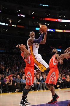 11/18/12 Lakers vs. Rockets Gallery