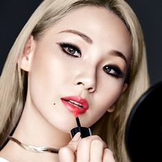 [PIC] 160924 Beautiful CL for Maybelline New York: Color Sensational Lip Tint Cl Birthday, Chaelin Lee, Girls Group Names, Rapper, Lee Chaerin, Blonde Asian, Cl 2ne1, Sandara Park, Color Sensational
