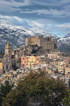 Borghi di Sicilia... Wonderful Places, Beautiful Places, Vila Medieval, Places To Travel, Places To Visit, Italy Landscape, Italian Lakes, Living In Italy, Sicily Italy