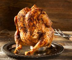 Beer Can Chicken - September 2018 Country Kitchen Recipes Costco Rotisserie Chicken, Beer Can Chicken, Easy Chicken Pot Pie, Barbecue Chicken, Canned Chicken, Best Chicken Recipes, Meat Recipes, Classic Chicken Recipe, Chicken Flatbread