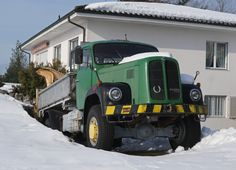 Bus Coach, Old Trucks, Vehicles, Busse, Autos, Bern, Old Vintage Cars, Big Tractors, Emergency Vehicles