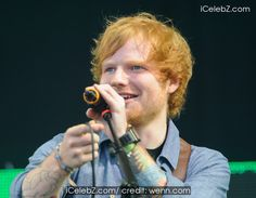 Ed Sheeran And Pixie Lott perfomring at V Festival 2014 - Weston Park - Day 2 http://icelebz.com/events/pixie_lott_and_ed_sheeran_perfomring_at_v_festival_2014_-_weston_park_-_day_2/photo1.html
