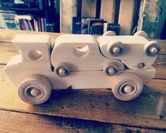 More wood toys for #applecountrywoodcrafters Love helping out in our new community. de hartwoodstudio