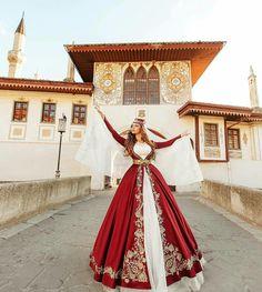 Turkish Wedding Dress, Crochet Disney, Fashion Design Drawings, Folk Fashion, Folk Costume, Designs To Draw, Formal Dresses, Wedding Dresses, Kaftan