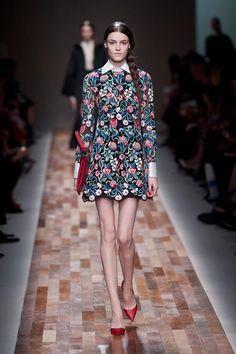 Dale un toque diferente a tu vestido al estilo Valentino
