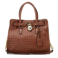 Get your new Michael Kors bag with high discount in our store.