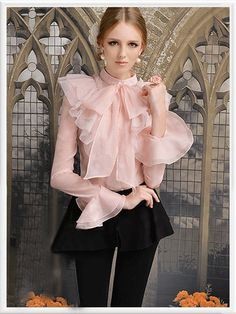 Pink Flare Sleeve Bow Layer Hemline Ruffle Shirt ~ v Girl Fashion, Fashion Dresses, Fashion Design, Sexy Bluse, Looks Party, Looks Chic, Ruffle Shirt, Satin Blouses, Blouse And Skirt