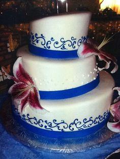 Calumet Bakery Topsy Turvy Wedding Cake.