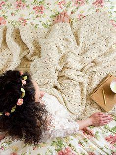 Primrose and Proper Blanket pattern by Kirsten Holloway