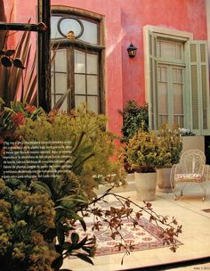 chic5 Spanish Style Homes, Spanish House, Fachada Colonial, Blue Patio, Pintura Exterior, Charming House, Backyard Paradise, Exterior House Colors, Rustic Chic