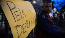 IRAM DE OLIVEIRA - opinião: Democracia: o abismo cresce