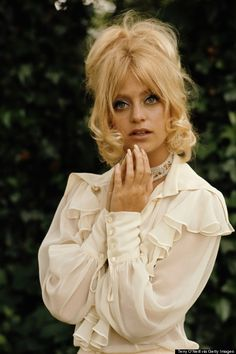 Goldie Hawn. Winning an Oscar for the role of Toni, Hawn entered the '70s as a bona fide movie star with the era-appropriate feathered hair and floral dresses fit for nights out at Studio 54. SB